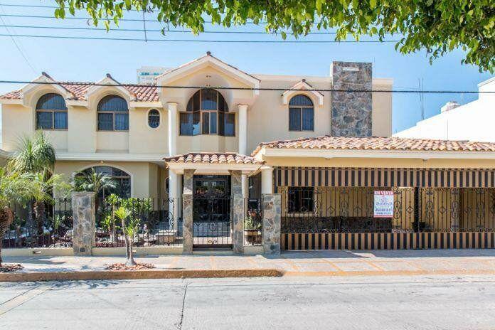 Hermosa residencia en venta a 2 cuadras de la playa