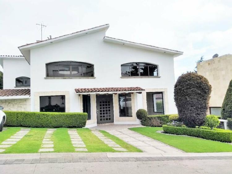 """Magnífica casa en venta en fraccionamiento """"La Cima"""" a 5"""