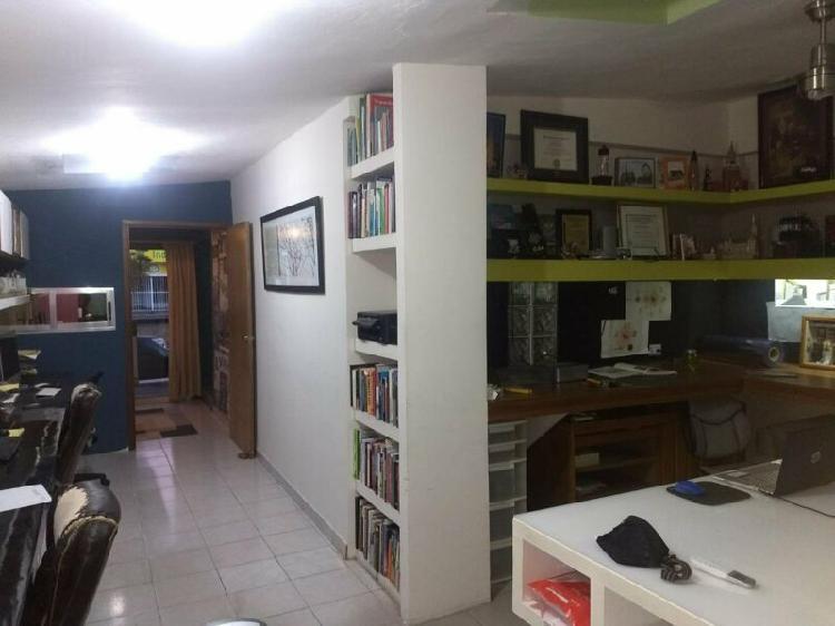 Oficina en renta sobre insurgentes con mobiliario incluido