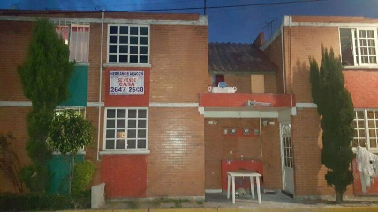 A la venta casa, a un costado de la prepa hispano, ecatepec