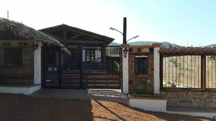 Casa amueblada en renta en zona tranquila, a 10-15 min en