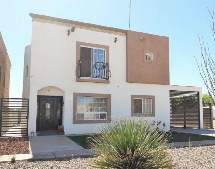 Casa en venta fracc. privado residencial leones (kilómetro