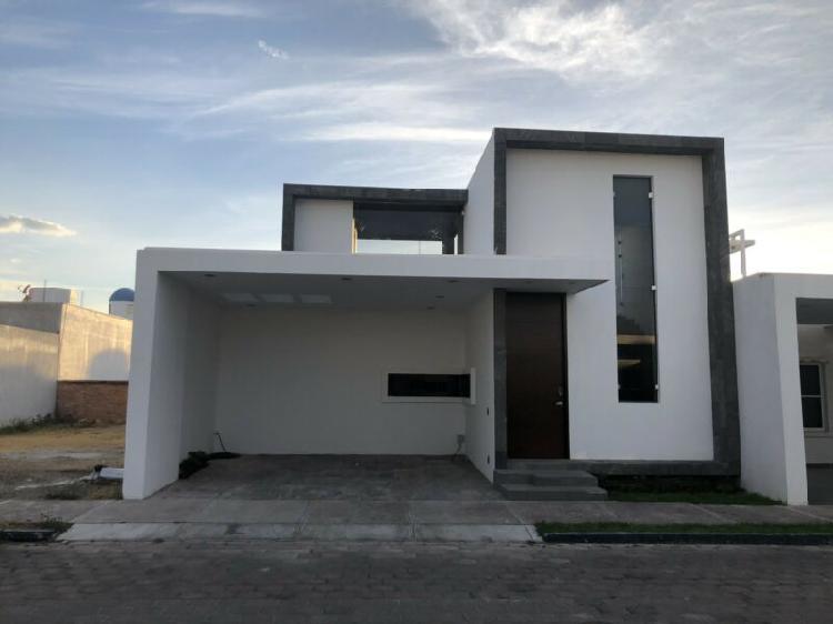 Hermosa casa a 1 min de colosio