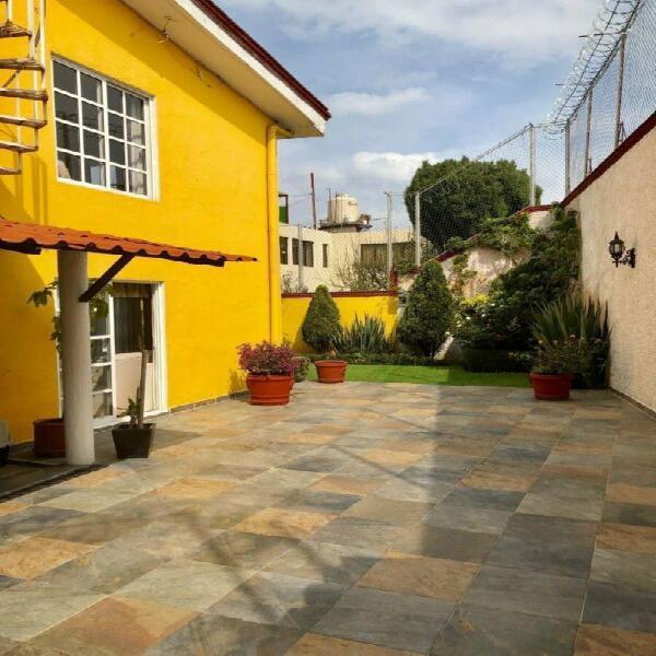 Venta casa con uso de suelo cerca de la delelegación