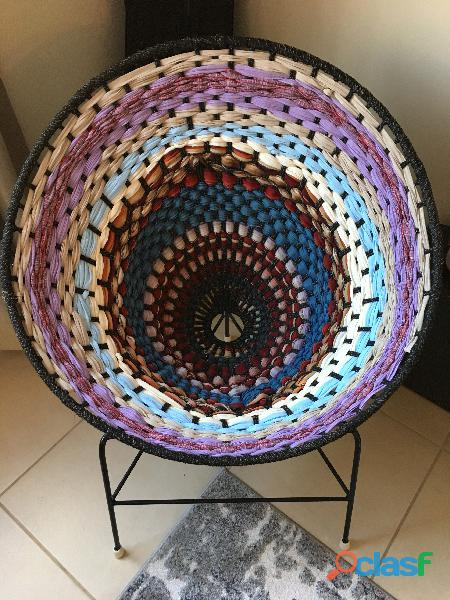 Sillones de diseño tejidos a mano