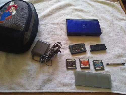 Nintendo ds lite azul con juegos y estuche