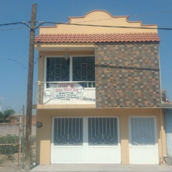 Casa en venta col. francisco villa, salamanca, gto. /