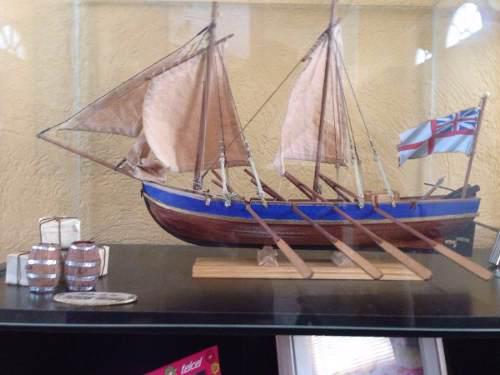 Nico en méxico bote del capitan bligh de la hms bounty