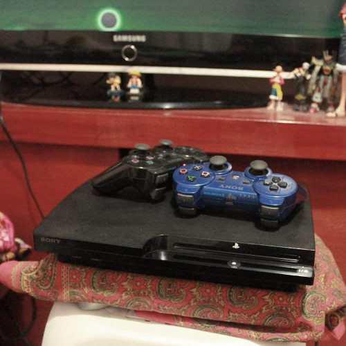 Play station 3 ps3 slim 160gb + 6 videosjuegos