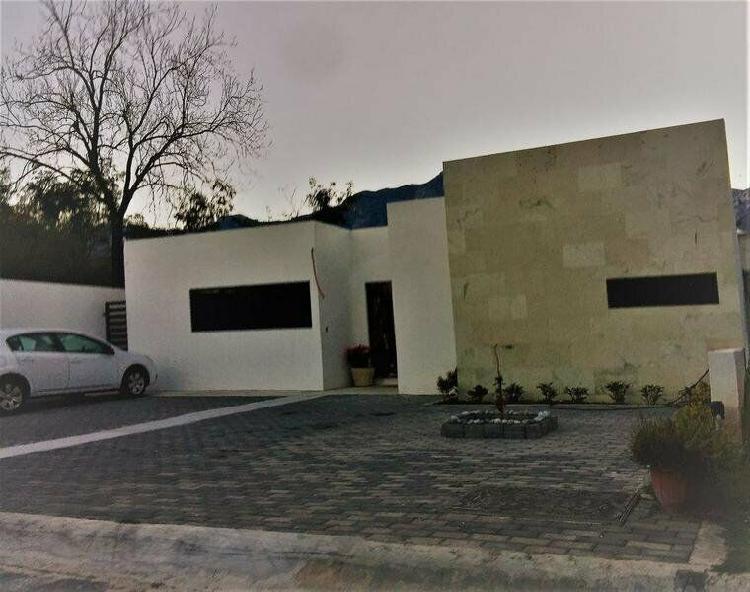Casa en venta bosque residencial el barrial santiago nl carr