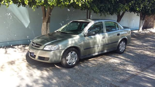 Chevrolet astra 2006 color arena standar