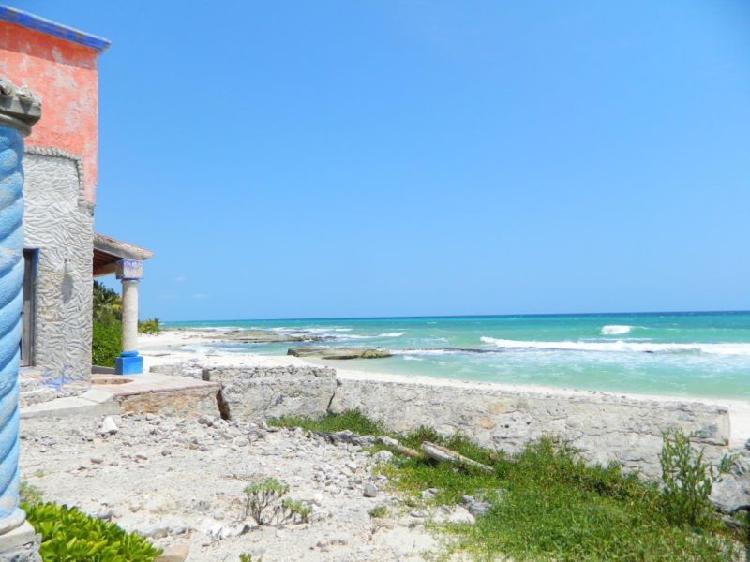 Terreno frente al mar en playa del carmen