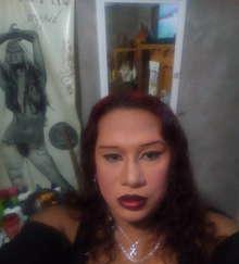 Valeria-trans-caliente