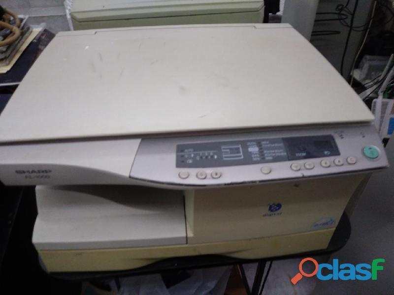 Se vende copiadora usada marca sharp