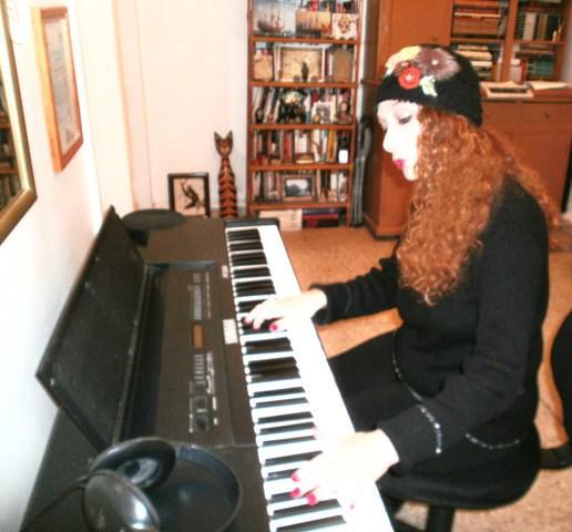 Aprende a cantar y tocar piano