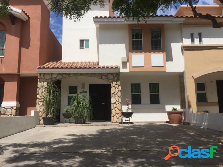 Casa en privada con acceso controlado $ 1,630,000