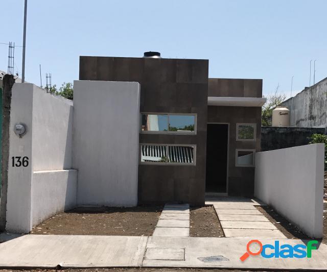 Casa sola en venta en fraccionamiento villa rica 2, veracruz