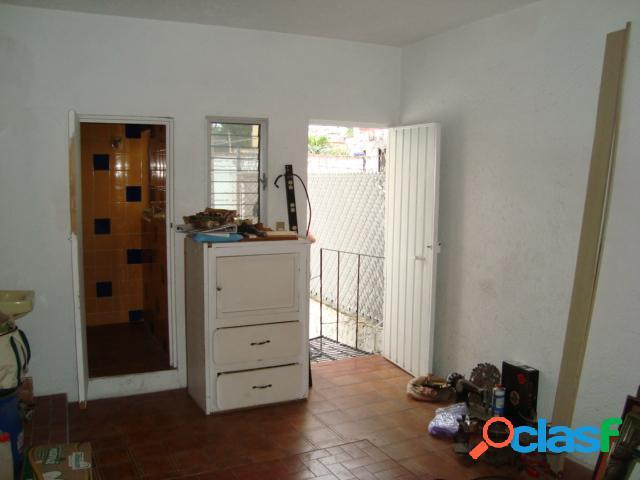 Casa sola residencial en venta en Colonia Quintas Martha, Cuernavaca