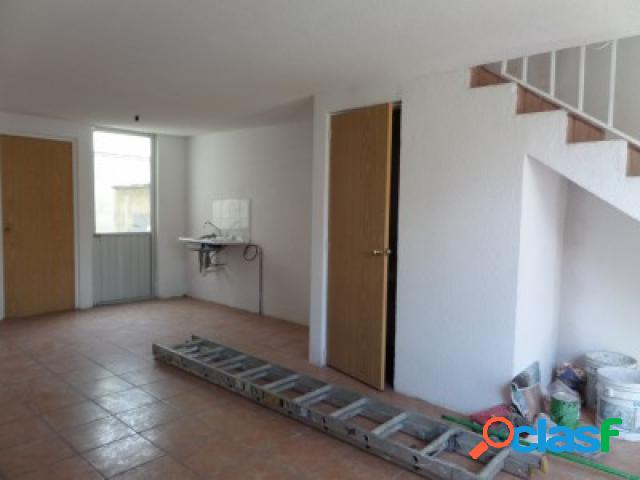 Casa sola en venta en Colonia San Isidro Castillotla, Puebla de Zaragoza