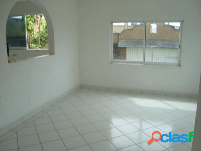 Casa sola residencial en venta en Colonia Lomas de Trujillo, Emiliano Zapata