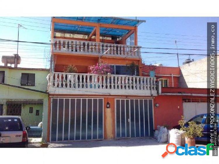 Casa amplia de 250m2 renta en ecatepec