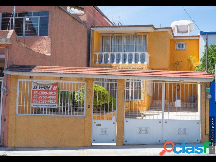 """Casa en Fraccionamiento """"Izcalli Ecatepec"""""""
