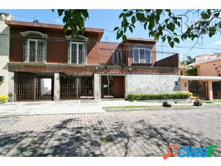 Casa en venta al sur de cuernavaca. b bugambilias