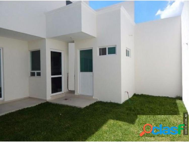 Casa venta en el mirador- 225m2- h:4- b:3- a:2