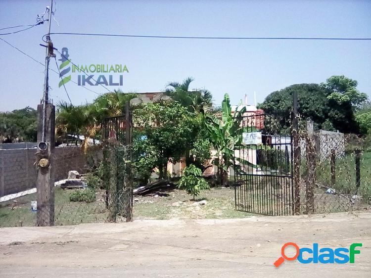 Se vende casa con amplio terreno colonia alto lucero tuxpan veracruz, alto lucero