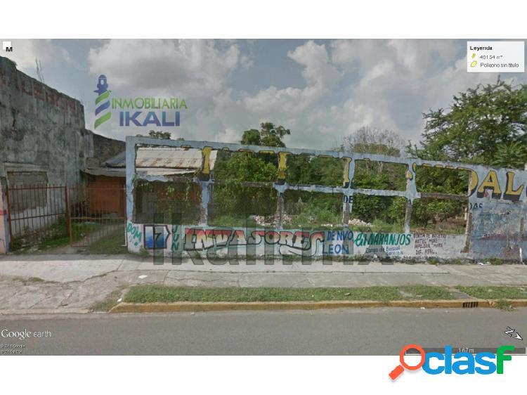 Terreno comercial en el centro de naranjos veracruz 401 m², constitución
