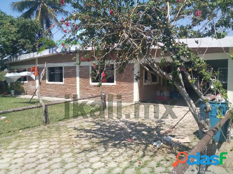 Venta casas grandes de tuxpan ver ubicada camino a la playa, la mata