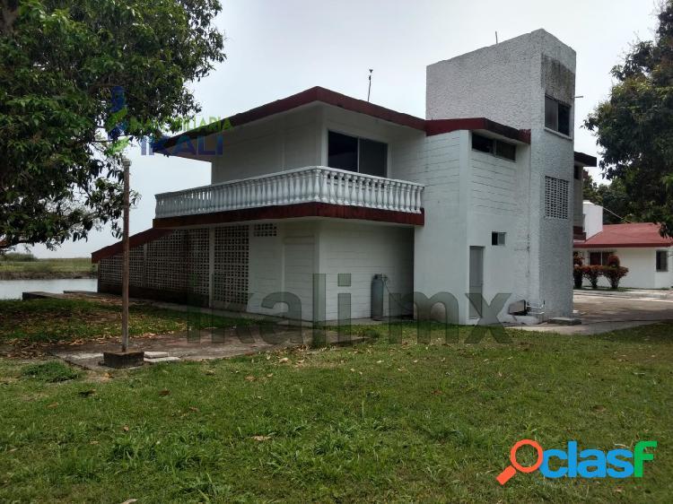 Venta Finca 1.1 hectáreas 8 recamaras Tamiahua Veracruz, Tamiahua