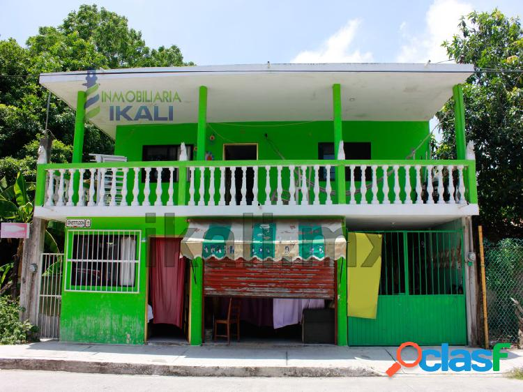Casa de venta en tuxpan con depto. y local en stgo. de peña 4 rec., santiago de la peña