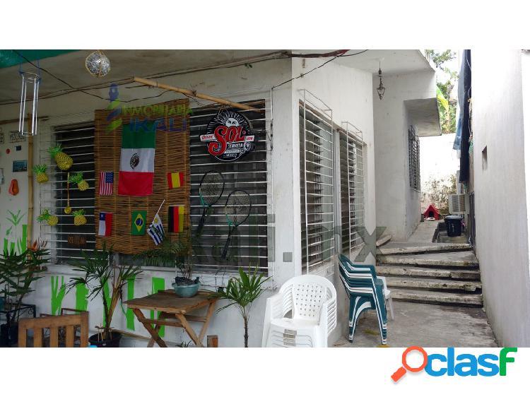 Venta casa con bloque de habitaciones 7 recamaras a un costado del issste tuxpan veracruz, zapote gordo