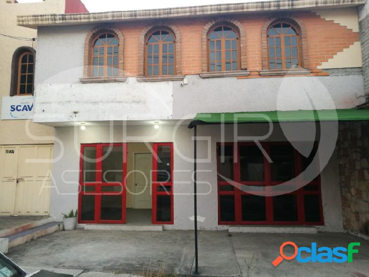 Se Vende Inmueble de 2 niveles en la colonia Ex Hacienda la Huerta, Hacienda de La Huerta