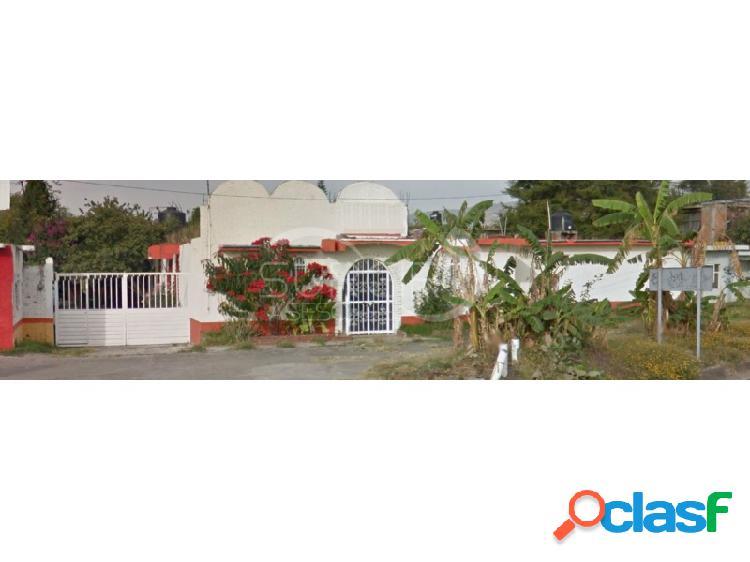 Se vende propiedad de 1,305m2 como terreno, sobre el libramiento. $8,813m2, sindurio