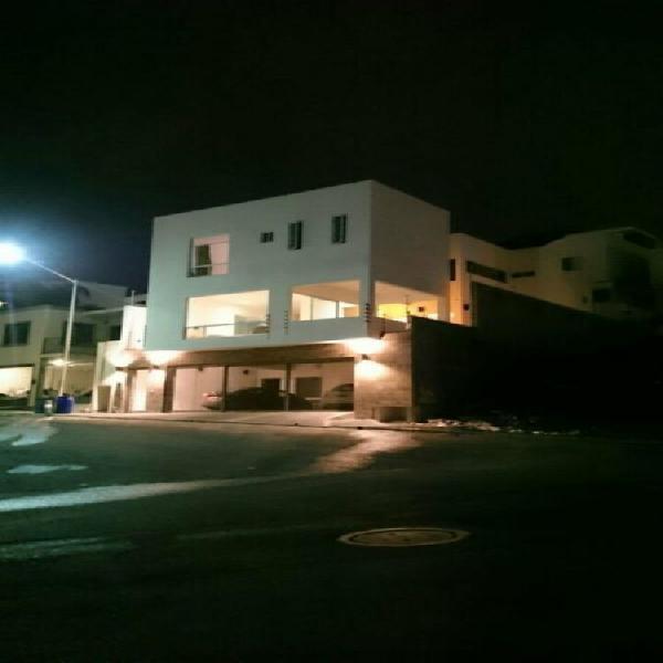 Casa en venta en satélite acueducto