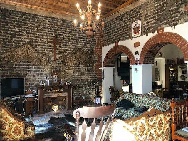 Casa remodelada estilo colonial