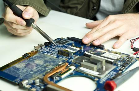 Curso de reparación de laptops a nivel componente y modular