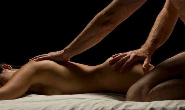 Doy masaje erotico con aceite cuerpo a cuerpo gratis
