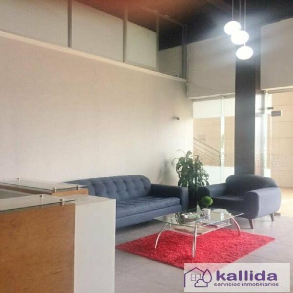 Kallida renta oficina en bussiness center, gpi, en zona de