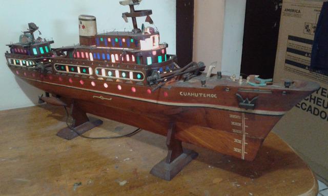 Vendo barco de ornato