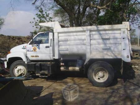 Venta de kodiak volteo 7m3 diesel cat 2002