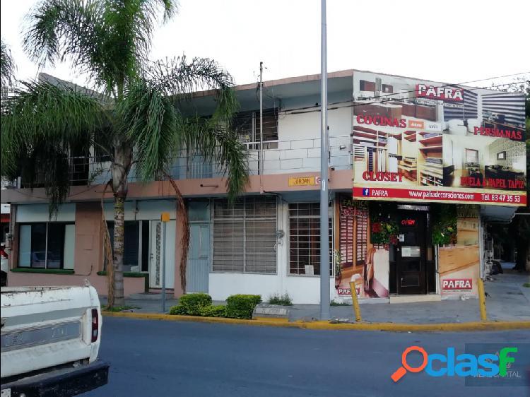 Casa Departamentos y Local en Venta Mitras Centro 1