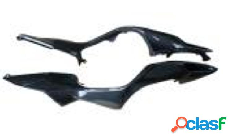Carenado lateral / posterior de fibra de carbono para motos MV F3 675 de 2012.
