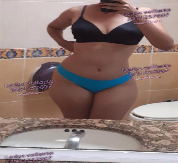 REAL ENCANTADORA UNA CHICA MUY SEXY