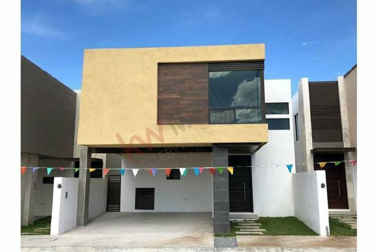 Casa Residencial en VENTA al Norte de Saltillo Los Rincon de