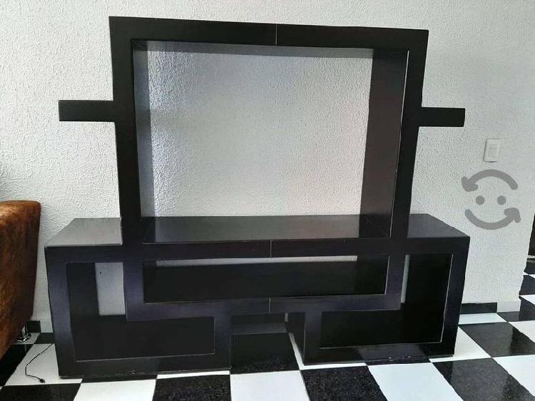 Mueble para pantalla