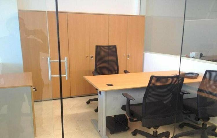 Oficina en renta amueblada en bosques de las lomas, cdmx /