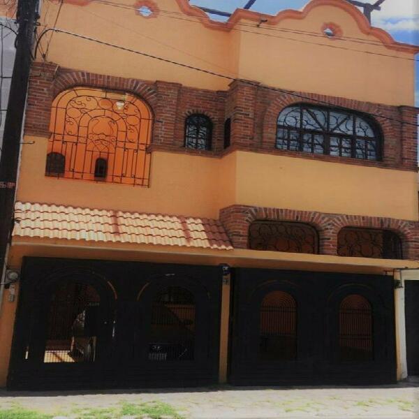 Casa recien remodelada colonia estrella